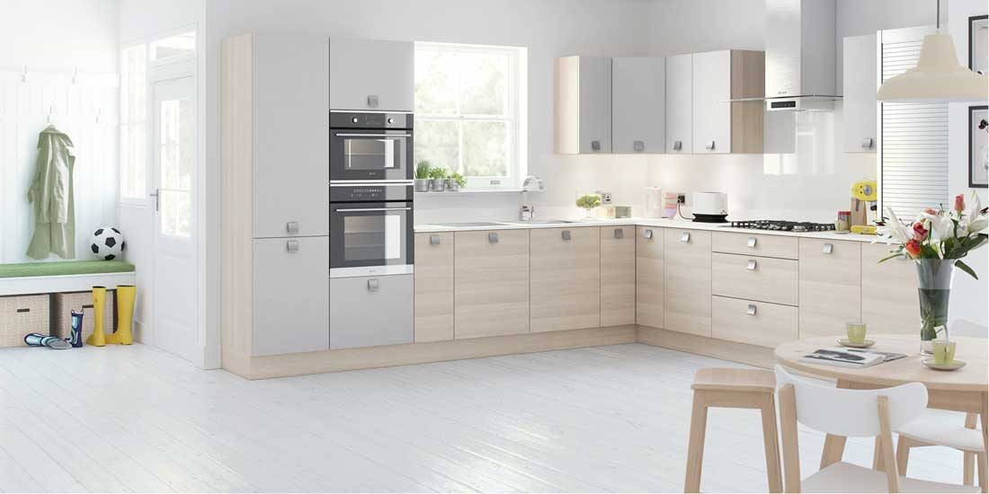 Cucina Colore Italian Style Contemporary Designer Kitchens Walkers At Home